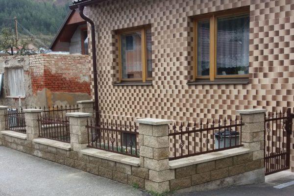 06. Kovaný plot